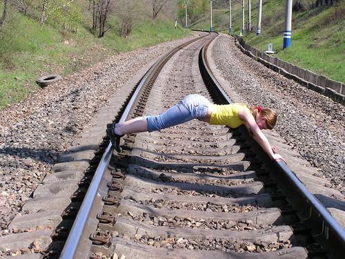 Рельсы для поезда своими руками